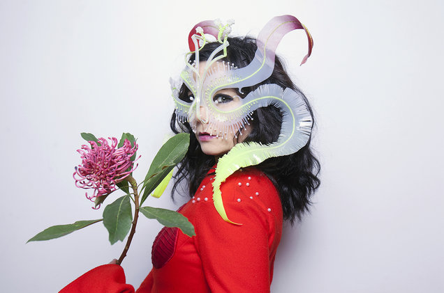 bjork-portrait-oct-2016-billboard-1548